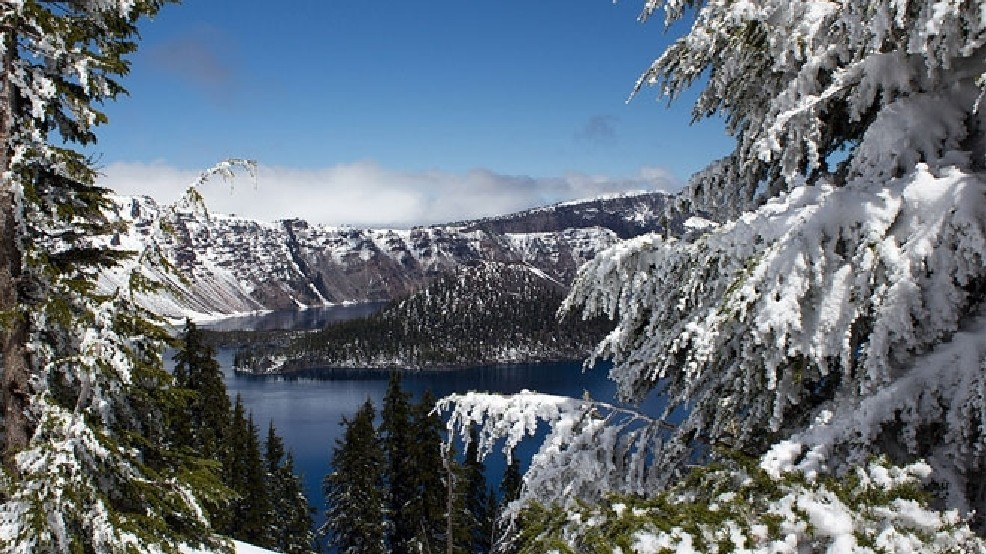 Government shutdown closes Crater Lake | KCBY