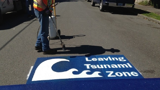 Coos Bay implements Blue Line Project tsunami warning signs