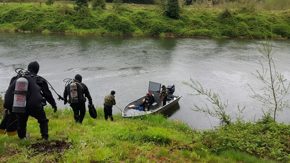 Police identify Creswell man found in pickup submerged in